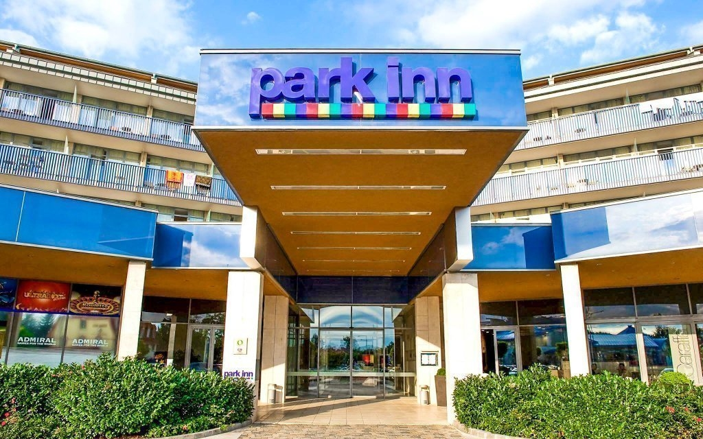 Park Inn ****